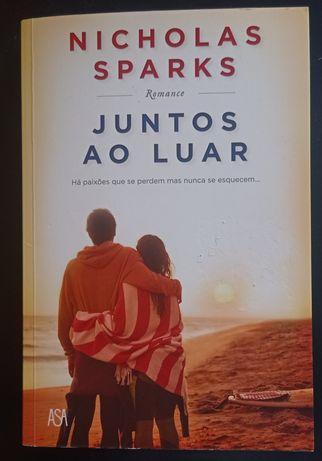 Juntos ao Luar - Nicholas Sparks