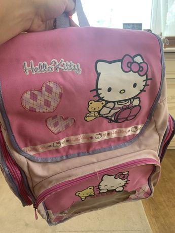 Портфель,рюкзак,сумка до школи