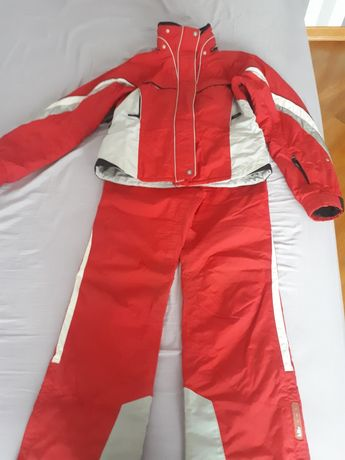 Жіночий лижний костюм