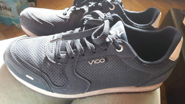 Sprzedam buty sportowe 38 j. nowe