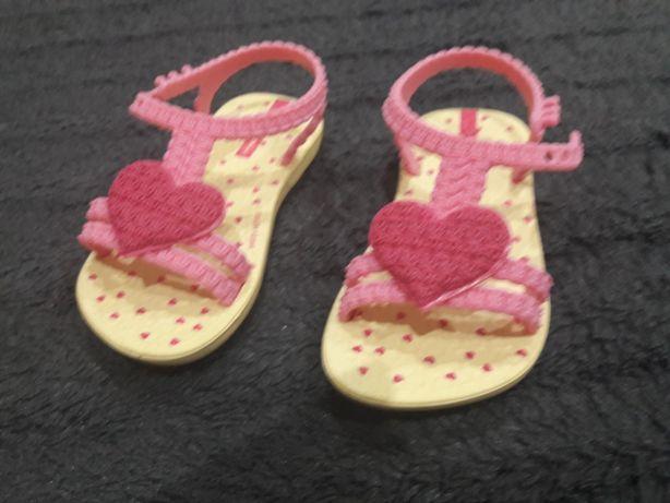 Sandały dla dziewczynki różowe rozmiar 19 NOWE!!!