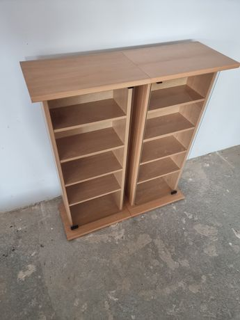 Szklana szafka drewno