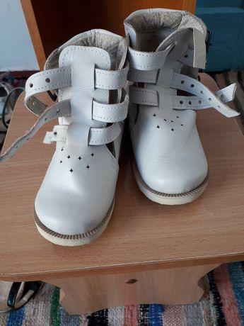 Продам ортопедичне взуття НОВЕ