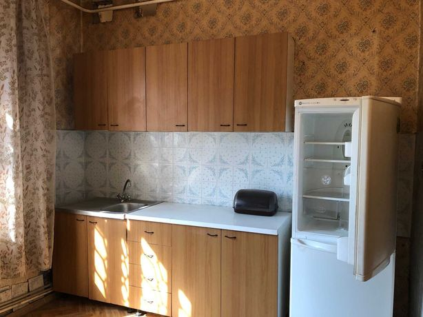 Продам ЭКСКЛЮЗИВНУЮ просторную квартиру в центре Лев-го р-на. 19000$.