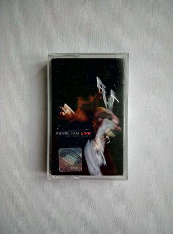 """Pearl Jam """" Live On Two Legs"""" kaseta audio"""
