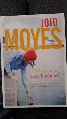 Książka Jojo Moyes Dziewczyna,którą kochałeś