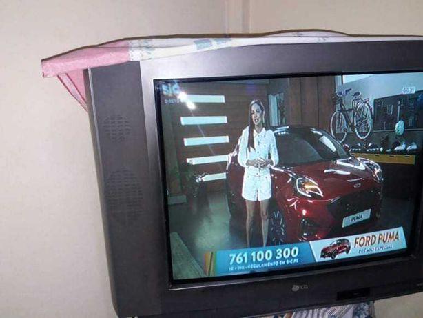 Tv L..G.  antiga em muito bom estado