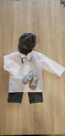 Ubranko do chrztu/garnitur i buciki, rozmiar 74 cm.