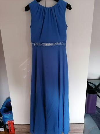 Sukienka długa prosty styl