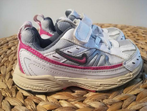 Buty dziecięce adidasy NIKE, rozmiar 24