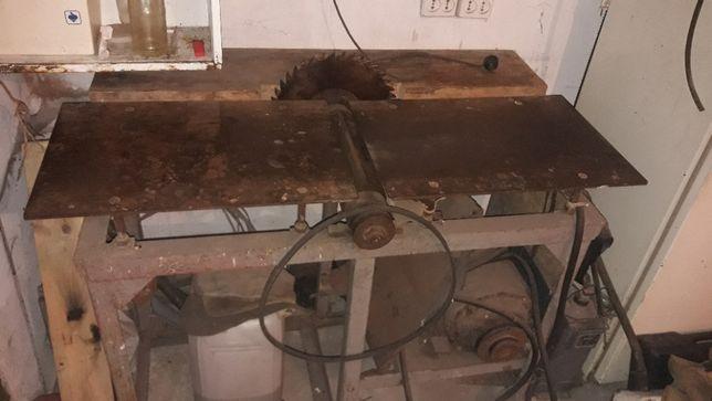 станок деревообрабатывающий ,деревообробний,циркулярка,фуговальный