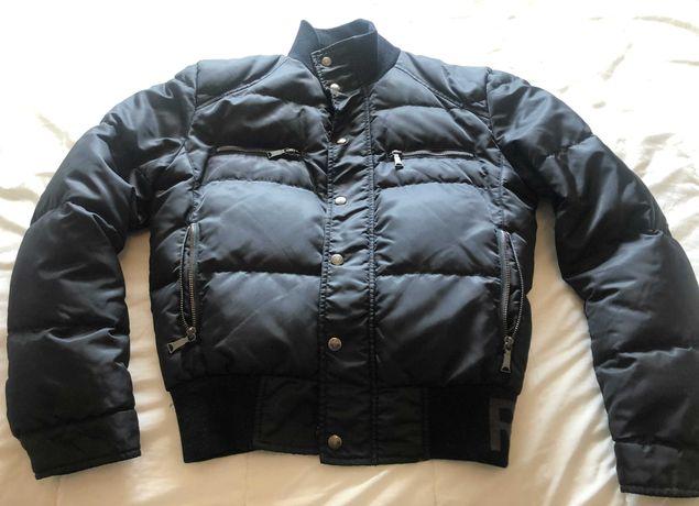 Blusão preto de plumas Richmond Denim original muito bonito.