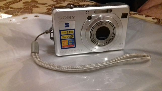 Câmara Sony DSC-W100