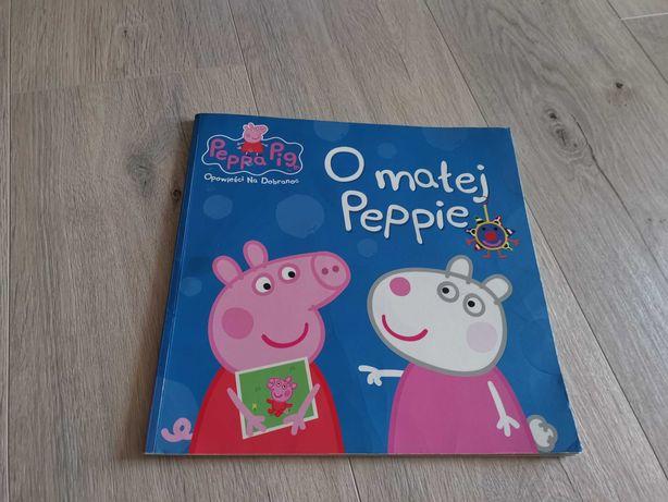 """Książeczka z serii Peppa Pig """"O małej Peppie""""."""