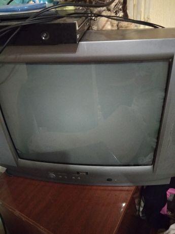 Продам телевизор seg