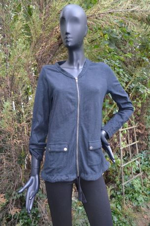 Стильная фирменная кофта-куртка из комфортного плотного хлопка