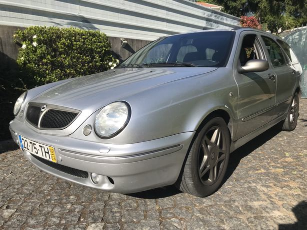 Lancia Lybra 1.9 JTD  Ano:2002