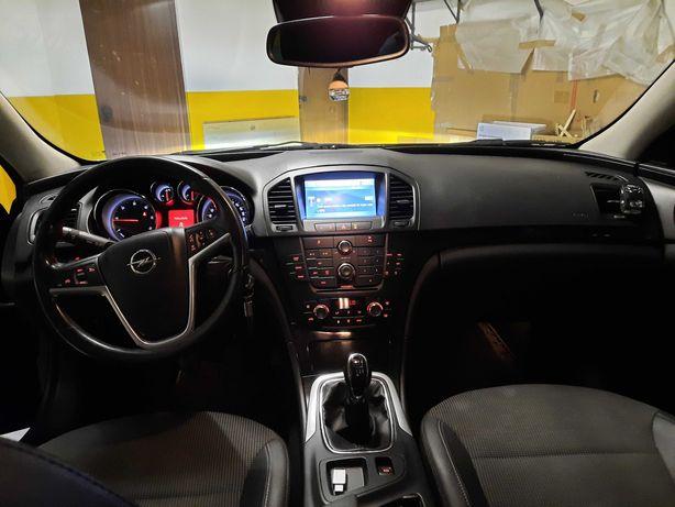 Opel Insignia modelo 2011