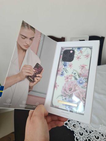 Etui iphone 12 lub 12 PRO Ideal of sweden kolor floral romance