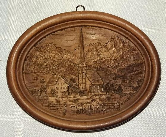 Obraz ręcznie rzeźbiony w drewnie