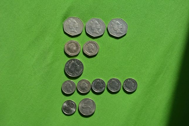 Монеты Fifty, Twenty, Ten, Five Pence, One Dime, Five Cents USA
