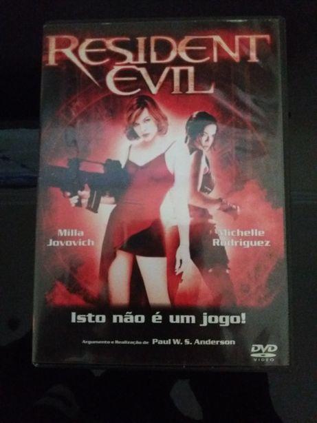 DVD Filme - Resident Evil 1