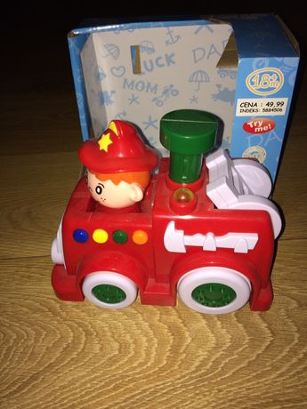 SMIKI grający i jeżdżący samochodzik straż pożarna