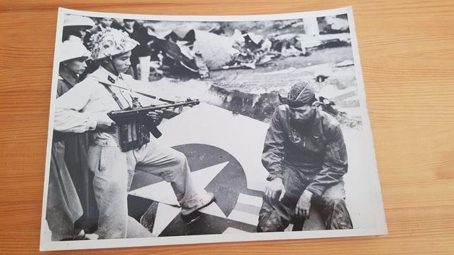 Zdjęcie Wietnam jeniec wojenny USA Pepesza Vietcong PROPAGANDA