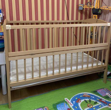 Продам детский матрас в кроватку