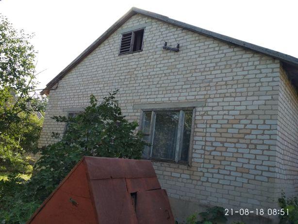 Продам дом в 30 км .от г. Запорожье и 10 км. от г. Вольнянск.