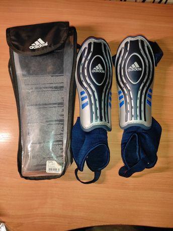 Продам футбольные щитки  Adidas club pro