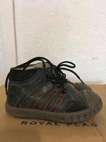 Детская обувь ботинки туфли