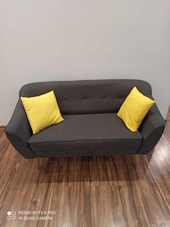 Sprzedsm sofę 2 osobową