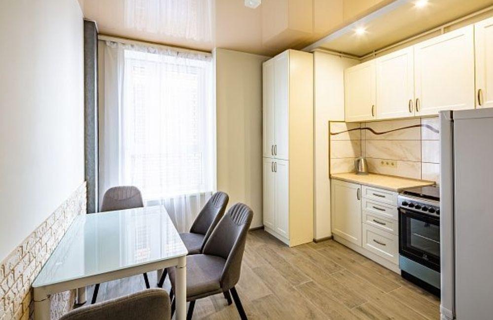 СВОБОДНА! Новая квартира с дизайнерским ремонтом Осокорки,Славутич-1