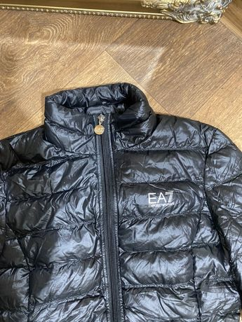Легкая куртка пуховик EA7 Emporio Armani S M L