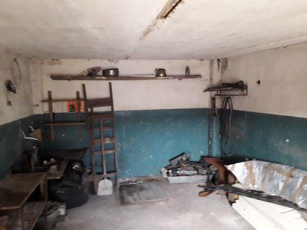 Продам гараж за 500$