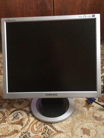 Монітор Samsung 913N