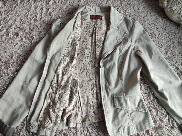Пиджак из плотной ткани