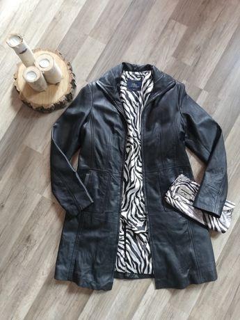 Płaszcz czarny WIttchen skóra naturalna