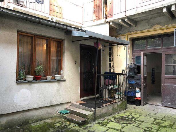 Продаж 3 кімнатної квартири по вулиці Зелена