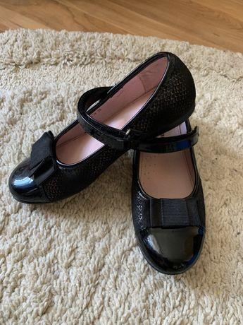 Туфлі на дівчинку 33розмір