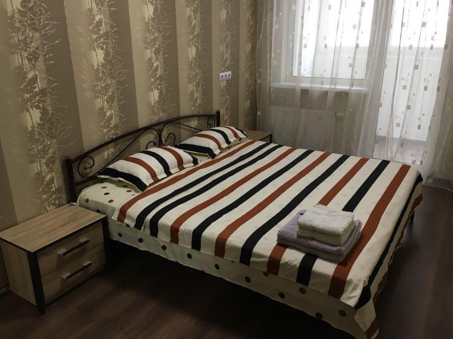 Свободна Студия+спальня 56м2 Посуточно Драгоманова 2а Позняки-1