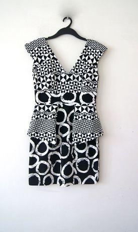 biala czarna geometryczna prosta sukienka z baskinka 40L 38M aztecka
