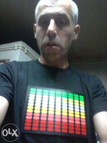 T-shirt Led equalizador verde/amarelo/laranja