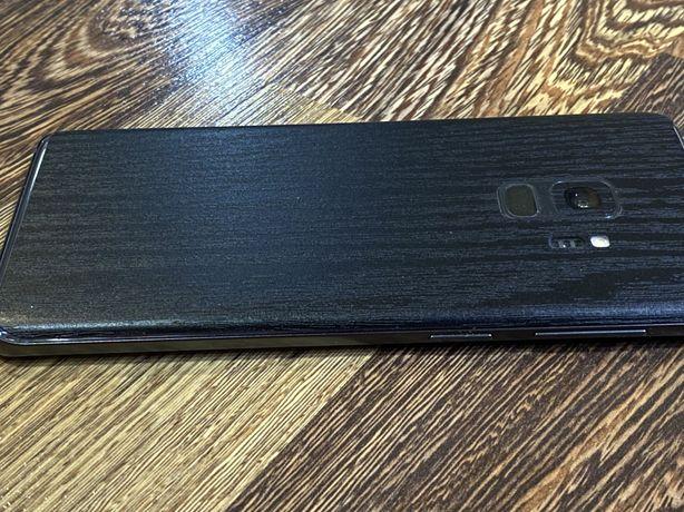 Samsung galaxy s9 gray
