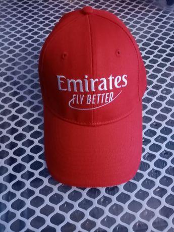 Boné Emirates novo
