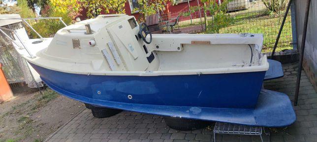 Łódz kabinowa 4,25