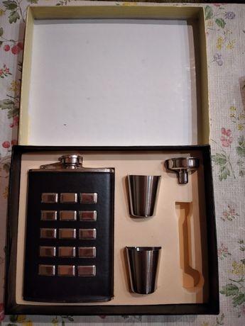 Подарочный набор, фляга ,стопки