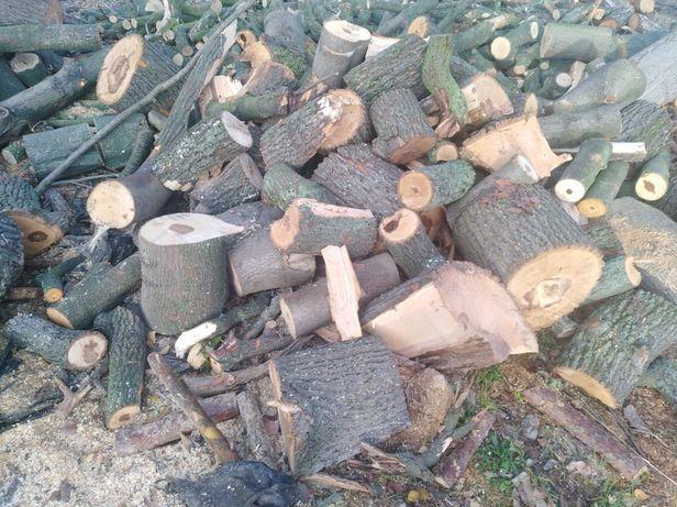 Drewno do pieca lub kominka.W metrach,pocięte lub rabane