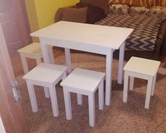 Кухонні набори,столи,табуретки